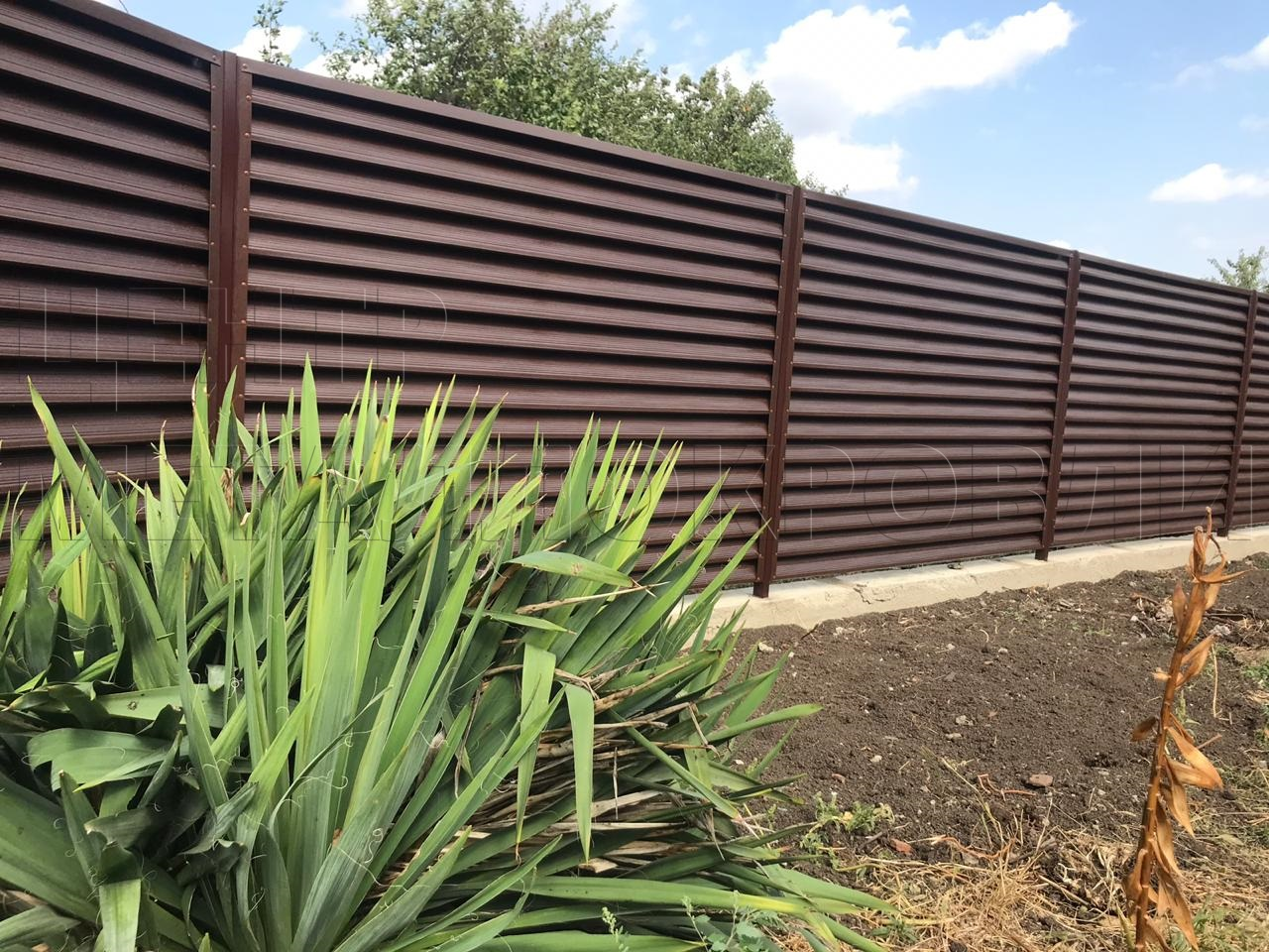 Забор с ламелями Еврожалюзи в Краснодаре